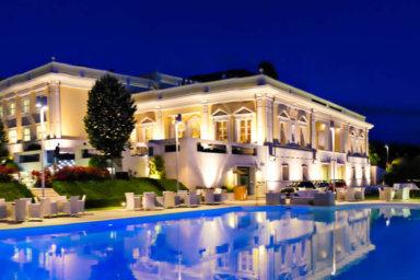 La piscina: l'incanto di Villa Orsini