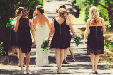 Un aiuto nel giorno delle nozze: la damigella d'onore