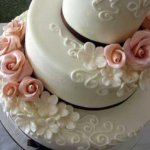 La flower cake per un matrimonio romantico