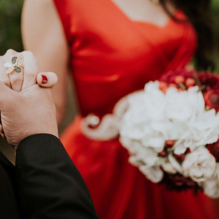 Abiti da sposa non convenzionali: le ultime novità