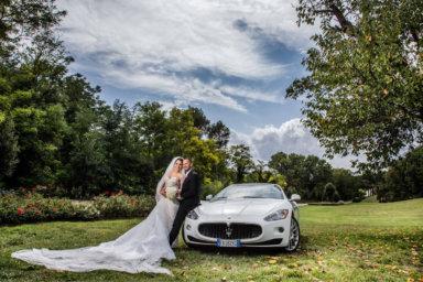 Come scegliere l'auto per le nozze