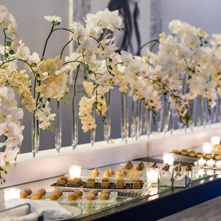 La raffinata modernità della Sala Young per il buffet di dolci